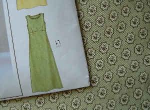 sleeveless dress pattern and material