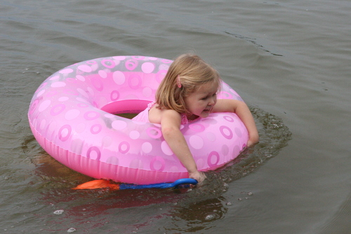 floaty float float